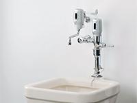 フラッシュマンノンタッチ(汚物流し用・壁水栓用)