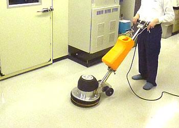 プロのお掃除サービス、Pタイル、ラバークリーニング