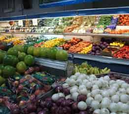 スーパーやコンビニ向けの商品とサービス