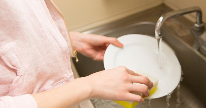 インフルエンザにかかった人が使った食器の洗い方は?