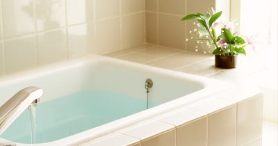 浴槽になかなかお湯がたまらない。どうしたらいい?