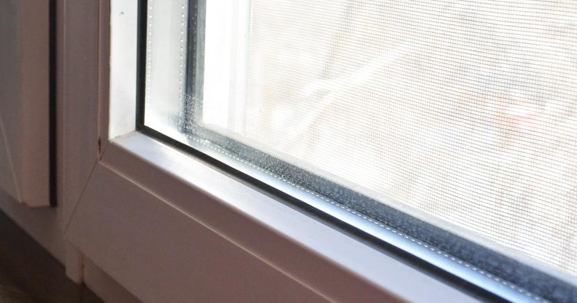 窓のゴムパッキン
