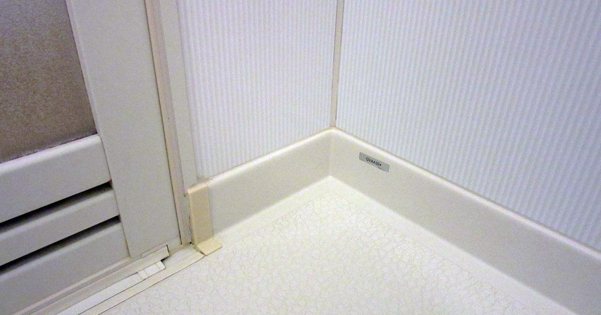 浴槽床のコーナー